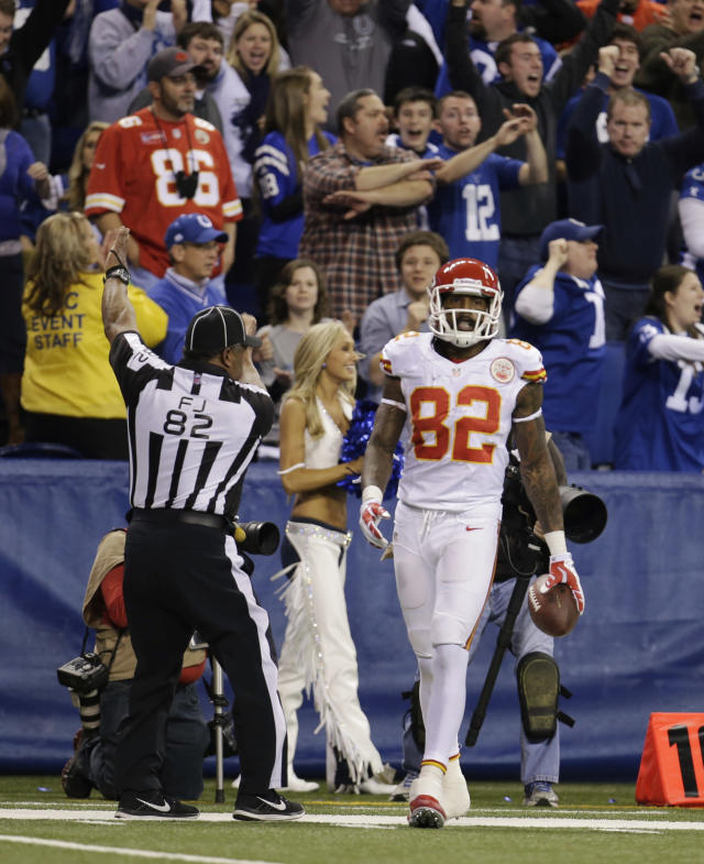 Kansas City Chiefs' Dwayne Bowe reacts after his reception is ruled out of bounds during the second half of an NFL wild-card playoff football game against the Indianapolis Colts Saturday, Jan. 4, 2014, in Indianapolis. Indianapolis defeated Kansas City 45-44. (AP Photo/AJ Mast)