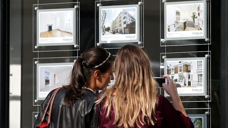 Potential house buyers urged to make virtual viewings due to Covid-19