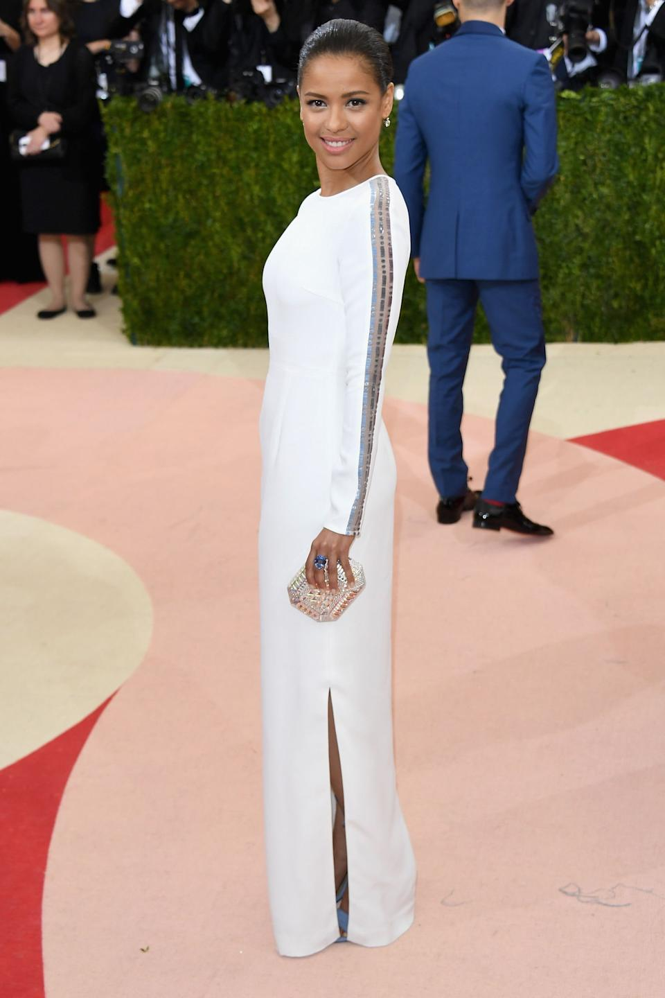 """<h1 class=""""title"""">Gugu Mbatha-Raw in a Gabriela Hearst dress, Fred Leighton jewelry, and Judith Leiber Couture bag</h1><cite class=""""credit"""">Photo: Getty Images</cite>"""