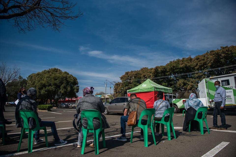 PRETORIA, SOUTH AFRICA - JUNE 30: City of Tshwane health workers doing free Covid-19 testing at Waverley Plaza during adjusted lockdown level 4 on June 30, 2021 in Pretoria, South Africa. South Africa is currently battling the third wave of the COVID-19 pandemic. (Photo by Alet Pretorius/Gallo Images via Getty Images)