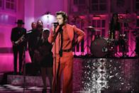 <p>Harry clearly did not come to play when he hopped the <em>SNL</em> stage! Not only did he serve up this red monochromatic look by Gucci while performing...</p>