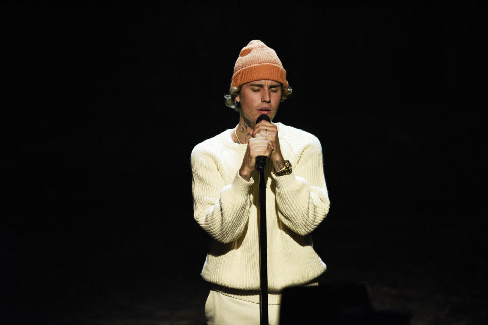 """SATURDAY NIGHT LIVE -- """"Issa Rae"""" Episode 1788 -- Pictured: Musical guest Justin Bieber performs on Saturday, October 17, 2020 -- (Photo by: Will Heath/NBC/NBCU Photo Bank via Getty Images)"""