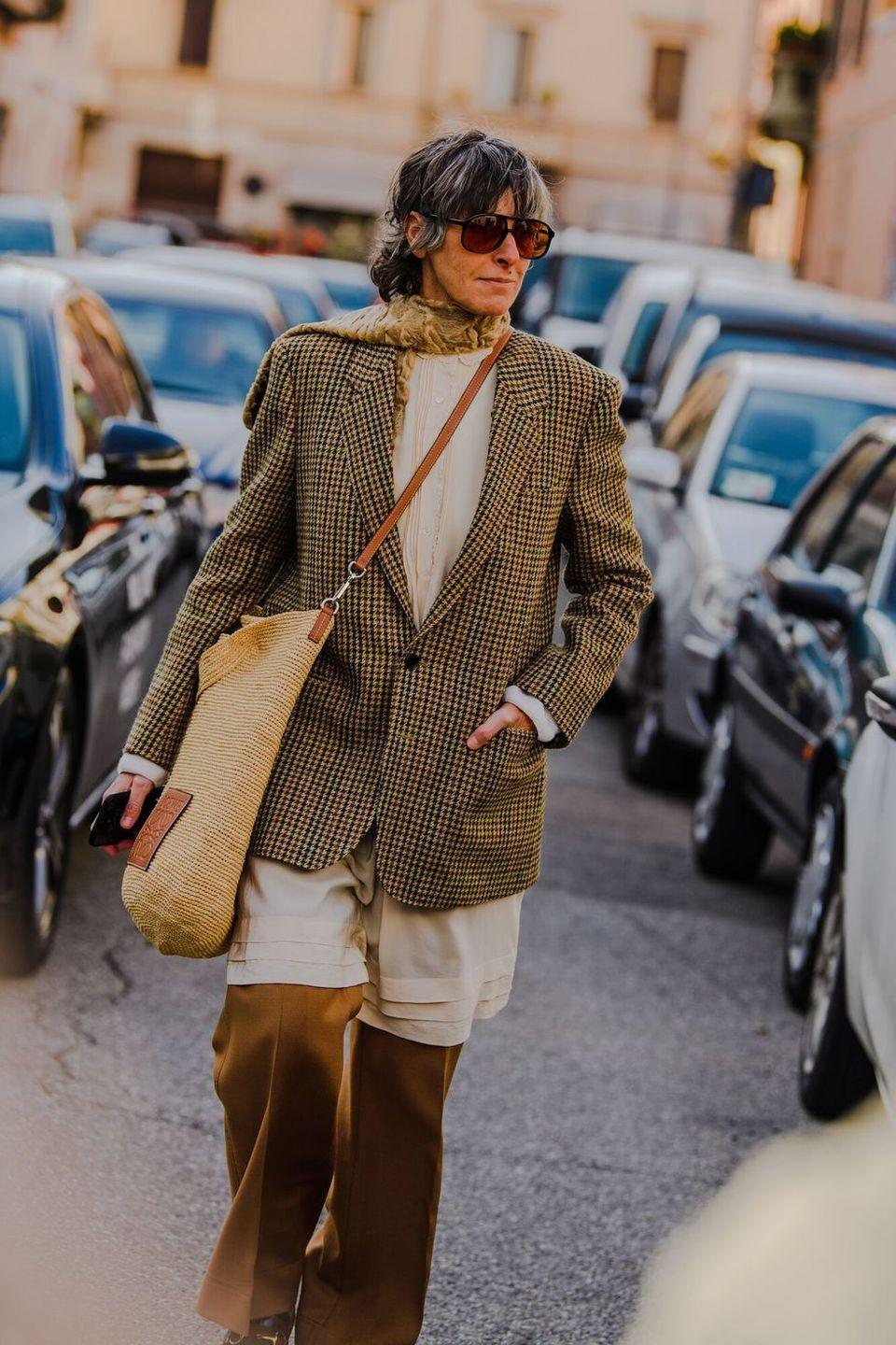 <p>What is cooler than tweed and a beach bag? We couldn't think of anything either.</p>