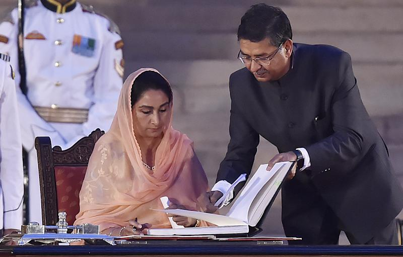 Harsimrat Kaur Badal resigns from Union Cabinet over farm Bills