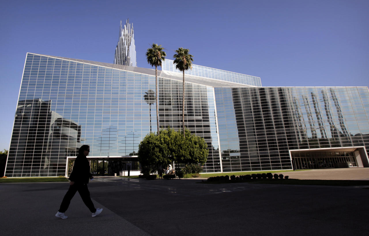 File - In this Oct. 27, 2011 file photo, the Crystal Cathedral stands in Garden Grove, Calif. A buyer is expected to be chosen for the sprawling campus of Orange County's now-bankrupt Crystal Cathedral. A federal bankruptcy court judge could decide the fate of the ailing Crystal Cathedral Monday Nov. 14,2011 in a hearing aimed at approving a buyer for the church's sprawling Orange County grounds. (AP Photo/Jae C. Hong,File)