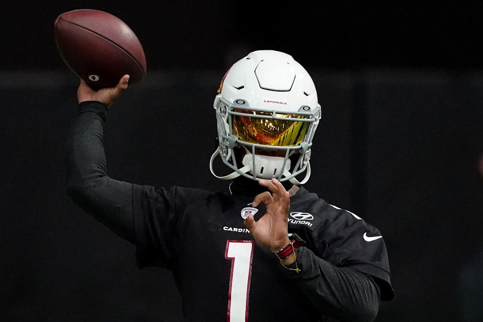 Can Kyler Murray win a division title in his second season? (AP Photo/Matt York)