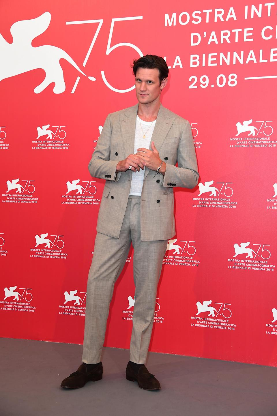 <p>Matt dressed down for a photocall in a suit paired with a tee. <em>[Photo: Getty]</em> </p>