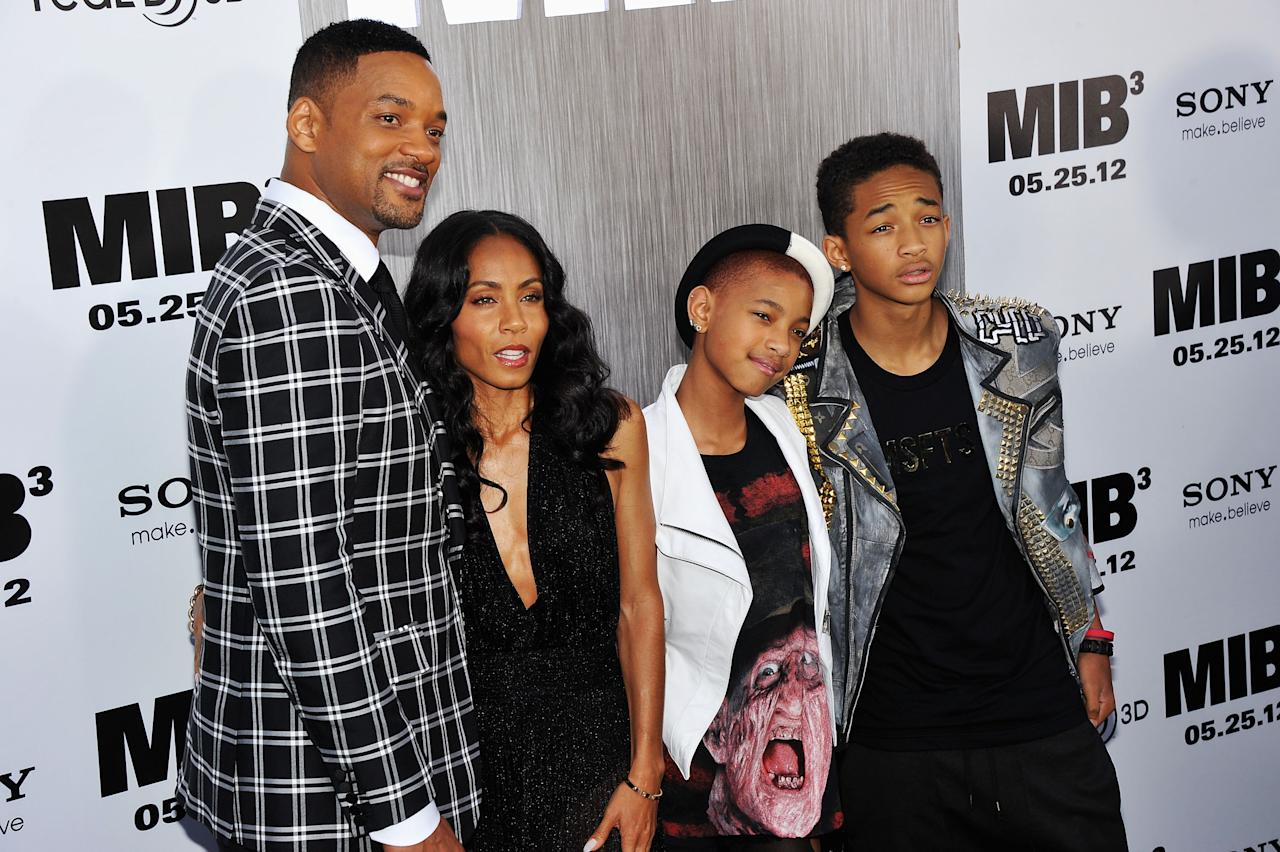 """NEW YORK, NY - MAY 23:  Will Smith, Jada Pinkett Smith, Willow Smith and Jaden Smith attend the """"Men In Black 3"""" New York Premiere at Ziegfeld Theatre on May 23, 2012 in New York City.  (Photo by Theo Wargo/Getty Images)"""