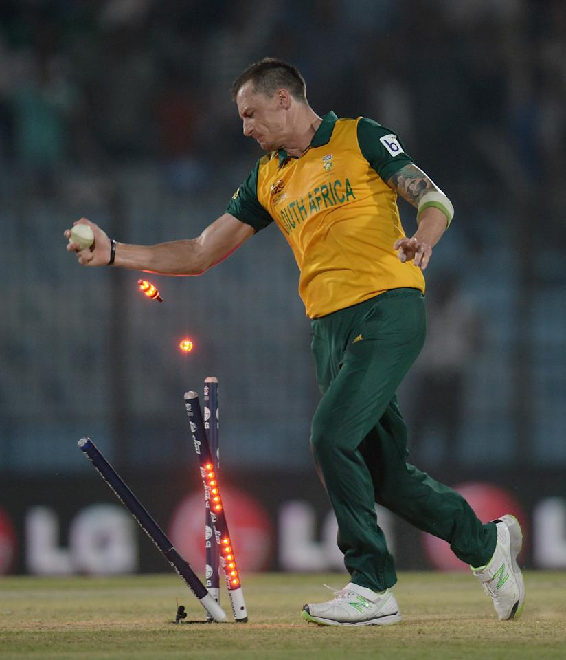 CHITTAGONG, BANGLADESH - MARCH 24:  Dale Steyn of South Africa celebrates running out Ross Taylor of New Zealand to win the ICC World Twenty20 Bangladesh 2014 Group 1 match between New Zealand and South Africa at Zahur Ahmed Chowdhury Stadium on March 24, 2014 in Chittagong, Bangladesh.  (Photo by Gareth Copley/Getty Images)
