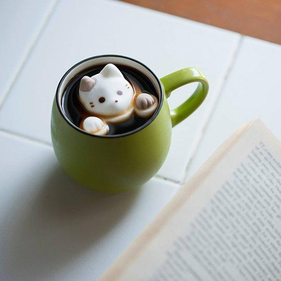 Cat Marshmallows: The Cutest Addition to Your Winter Drink