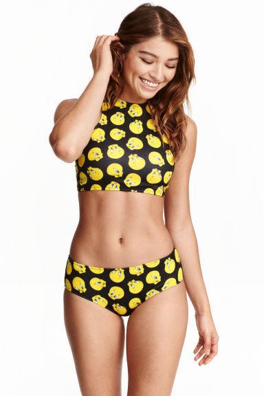 """<p>Bring some fun to the beach with this super cute tweety pie two-piece.</p><p>Buy now <a href=""""http://www2.hm.com/en_gb/productpage.0409382001.html"""" rel=""""nofollow noopener"""" target=""""_blank"""" data-ylk=""""slk:here."""" class=""""link rapid-noclick-resp"""">here. <br></a></p>"""
