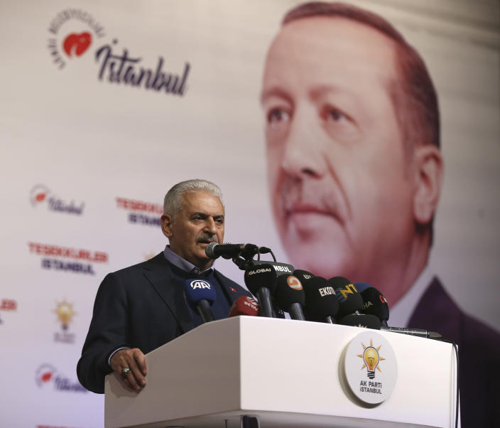 Binali Yildirim , former prime minister and AKP mayoral candidate for Istanbul, gives a statement in Istanbul, Sunday, March 31, 2019. President Recep Tayyip Erdogan's ruling party is leading in Sunday's municipal elections that he has depicted as a fight for Turkey's survival, but may lose control of the capital in the vote that is seen as a test of his support amid a sharp economic downturn. (AP Photo/Emrah Gurel)