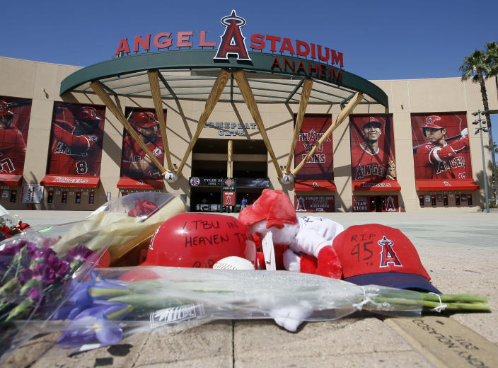 A makeshift memorial is set up in front of Angels Stadium for Tyler Skaggs. (AP Photo/Alex Gallardo)