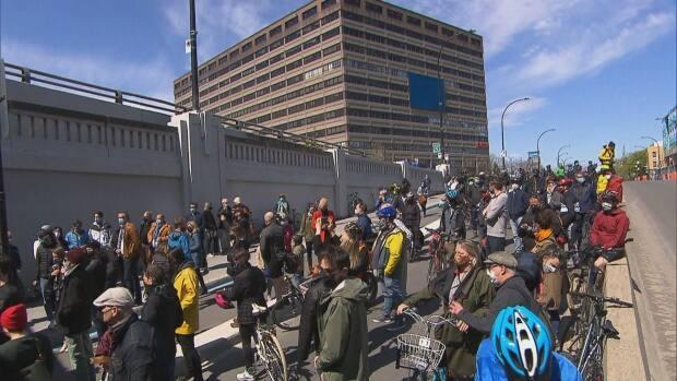 A large group of cyclists attended the ceremony at the underpass where Blais was killed and where the ghost bike honouring her was in place since 2014.