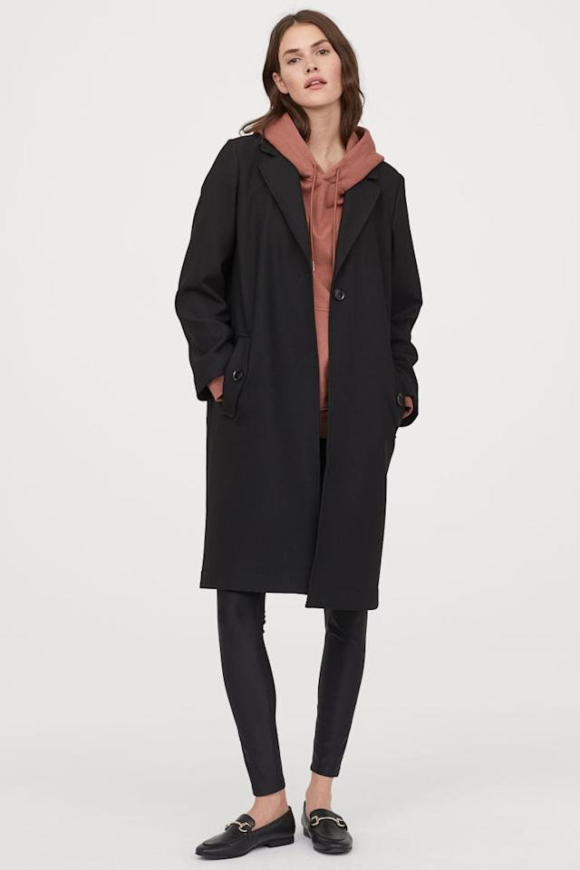 "<p>We love how classic this <a href=""https://www.popsugar.com/buy/HampM-Straight-Cut-Coat-487238?p_name=H%26amp%3BM%20Straight-Cut%20Coat&retailer=www2.hm.com&pid=487238&price=60&evar1=fab%3Aus&evar9=45621663&evar98=https%3A%2F%2Fwww.popsugar.com%2Ffashion%2Fphoto-gallery%2F45621663%2Fimage%2F46644710%2FHM-Straight-Cut-Coat&list1=shopping%2Cfall%20fashion%2Ccoats%2Cfall%2Cwinter%2Cwinter%20fashion&prop13=api&pdata=1"" rel=""nofollow"" data-shoppable-link=""1"" target=""_blank"" class=""ga-track"" data-ga-category=""Related"" data-ga-label=""https://www2.hm.com/en_us/productpage.0786176001.html"" data-ga-action=""In-Line Links"">H&amp;M Straight-Cut Coat</a> ($60) is.</p>"