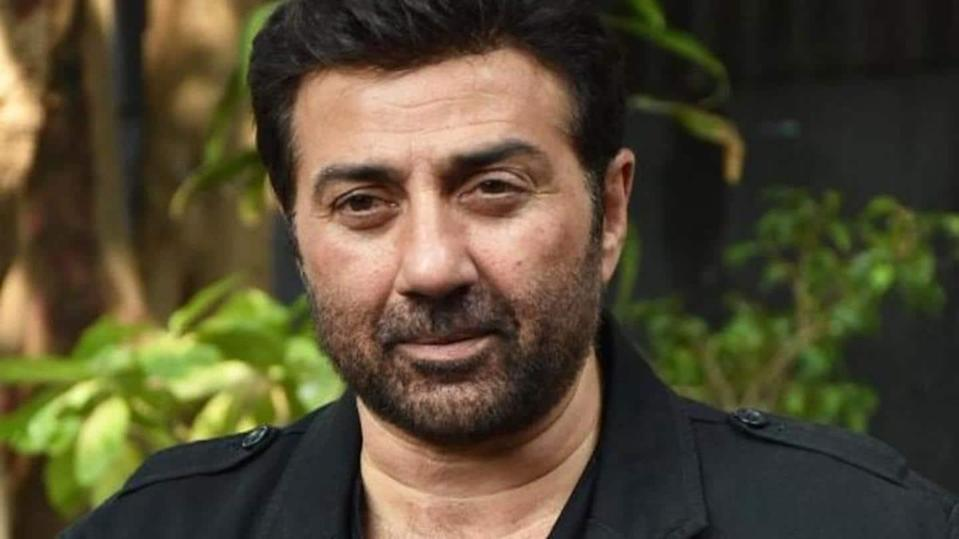 Sunny Deol clarifies he had received Y-category security in July