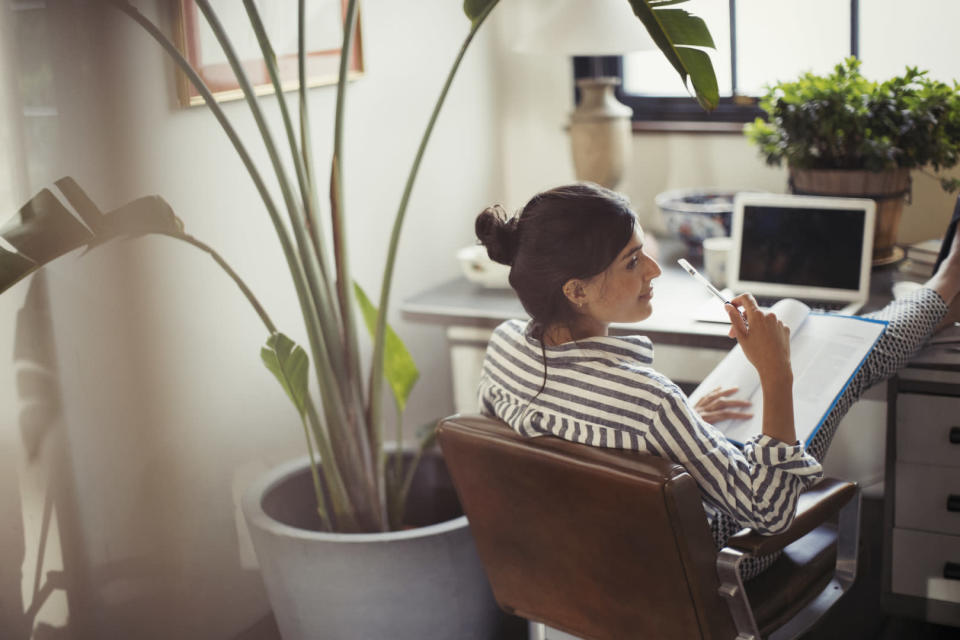 Increasing numbers of people are eschewing the traditional 9-5 workday in favour of flexi-hours [Photo: Getty]