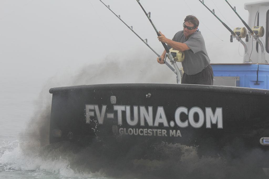 Gloucester, MA - Paul Hebert battling a blue fin tuna on the Tuna.com.