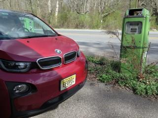2014 BMW i3 REx, scenic New Jersey, Apr 2015 [photo by owner Tom Moloughney]
