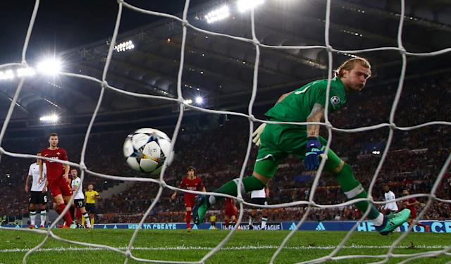 Soccer Football - Champions League Semi Final Second Leg - AS Roma v Liverpool - Stadio Olimpico, Rome, Italy - May 2, 2018 Roma's Radja Nainggolan scores their third goal as Liverpool's Loris Karius watches the ball go in the net REUTERS/Tony Gentile TPX IMAGES OF THE DAY