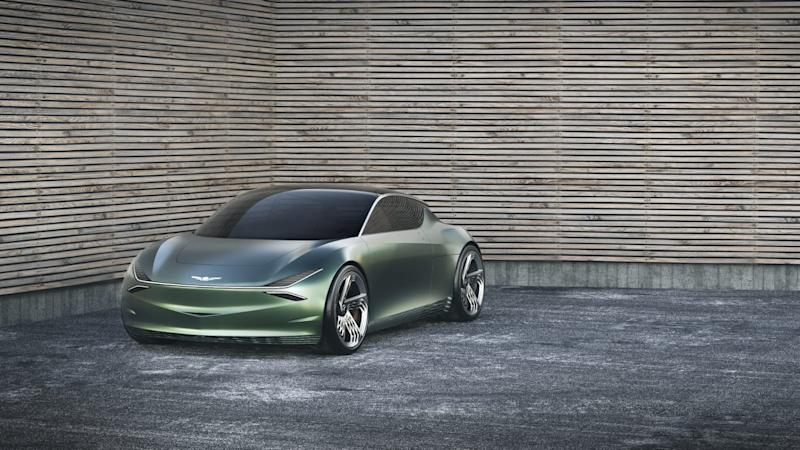 A future prospect in the ultra-expensive, ultra-environmentally friendly category is the Genesis Mint, which was shown as a concept car by Hyundai.