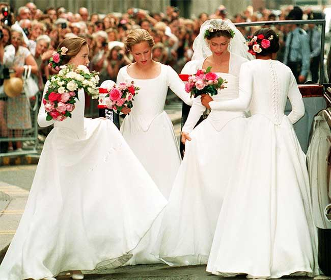 zara-phillips-sarah-armstong-wedding