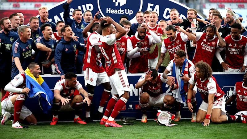 'That's why you need the president', William jokes as Aubameyang drops trophy