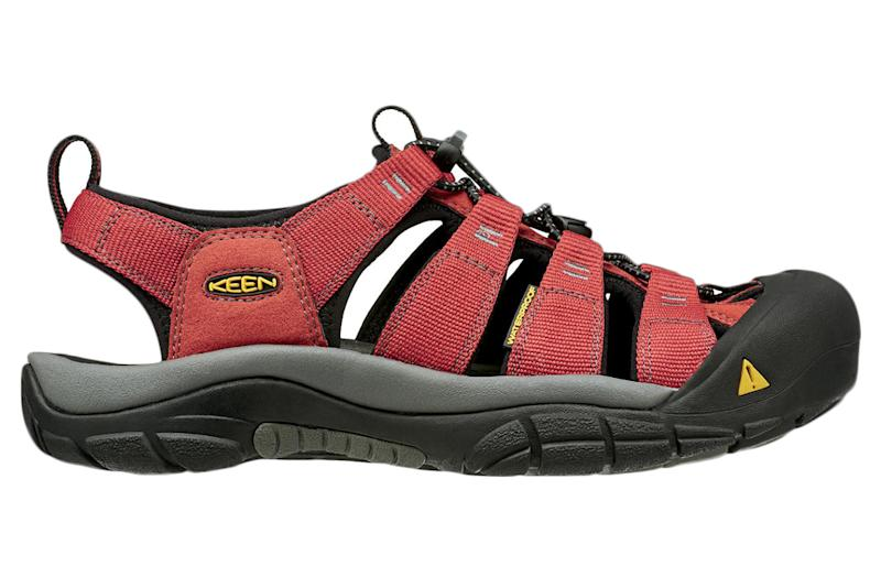 a53d7b886f 7 Rugged Men's Sport Sandals That Can Handle Any Terrain