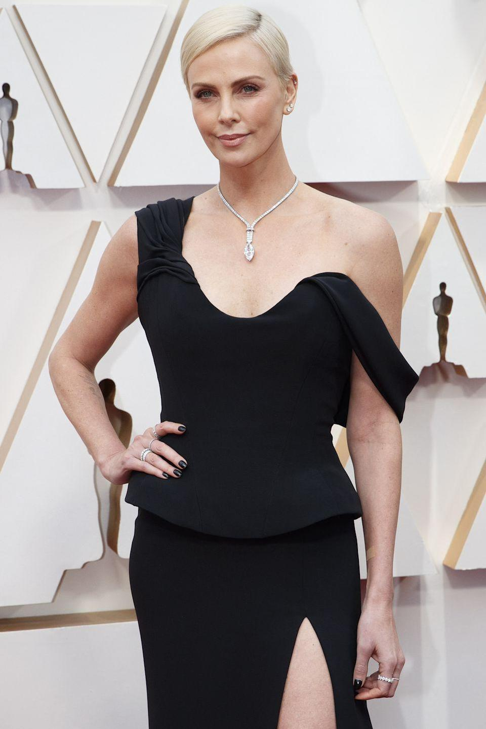 <p>Charlize Thereon stuns in a bleach blonde pixie at the 92nd Annual Academy Awards. This is a simple yet sleek style that'll prove to be uncomplicated at all times. </p>