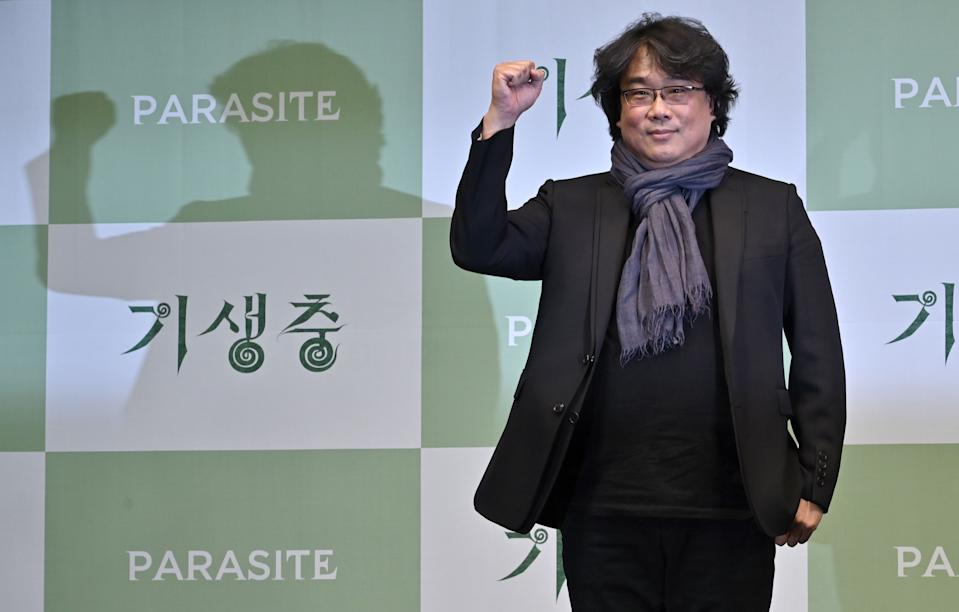South Korean director Bong Joon-ho poses during a press conference in Seoul on February 19, 2020, after his film Parasite won the Oscar for Best Picture. - Bong's movie Parasite -- about the widening gap between rich and poor -- became the first non-English-language film to win Hollywood's biggest prize on February 10, prompting celebrations in South Korea. (Photo by Jung Yeon-je / AFP) (Photo by JUNG YEON-JE/AFP via Getty Images)