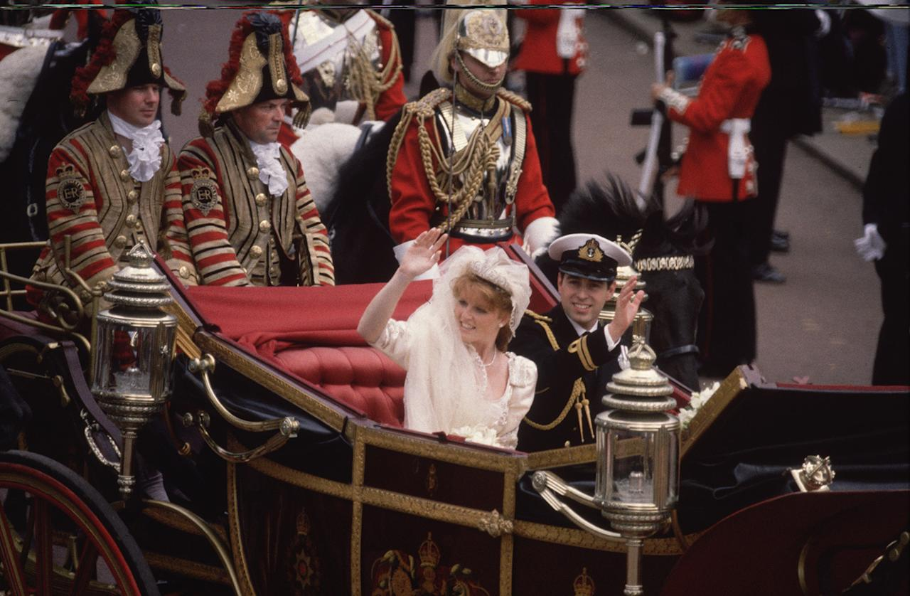 <p><b>The two got married at Westminster Abbey in London in late July of 1986. (Photo: Getty Images) </b></p>