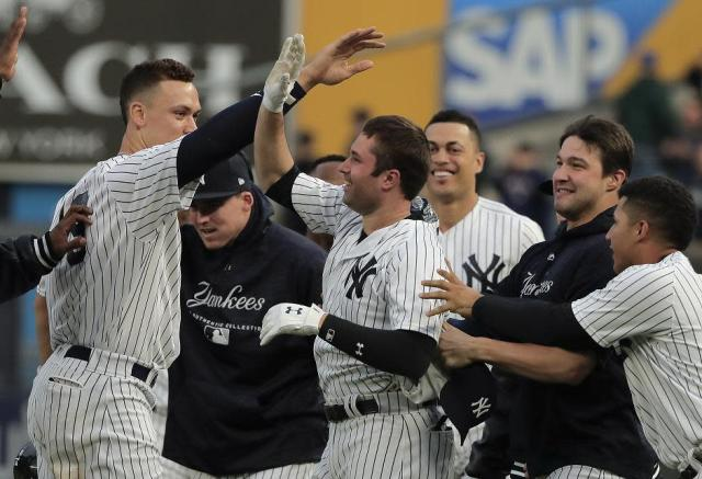 The red hot New York Yankees hold on to the No. 1 spot in the Yahoo Sports MLB Power Rankings. (AP)
