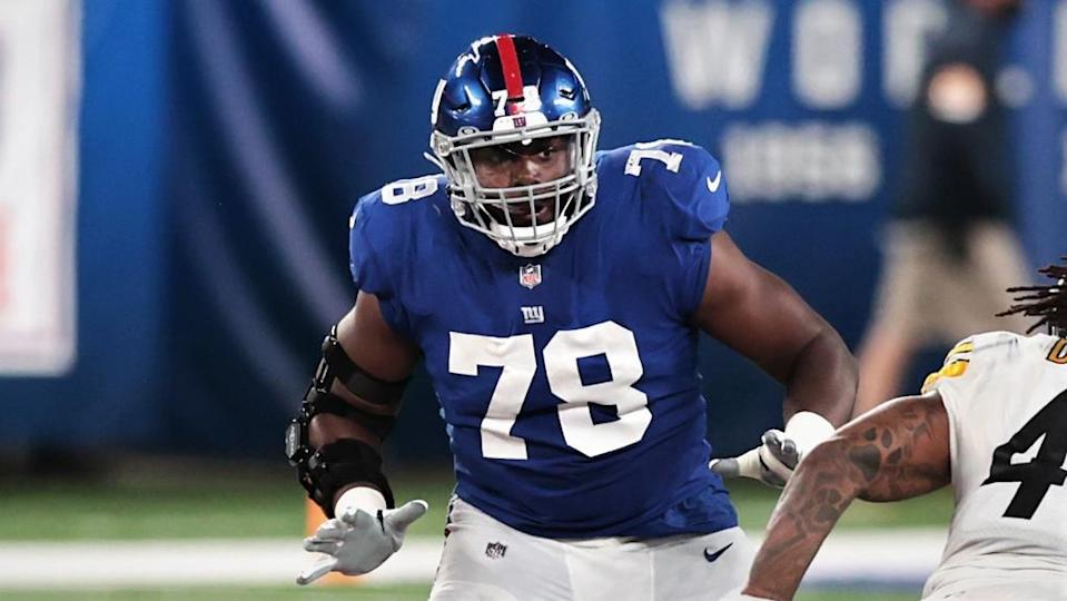 Sep 14, 2020; East Rutherford, New Jersey, USA; New York Giants offensive tackle Andrew Thomas (78) blocks Pittsburgh Steelers outside linebacker Bud Dupree (48) during the second half at MetLife Stadium. Mandatory Credit: Vincent Carchietta-USA TODAY Sports