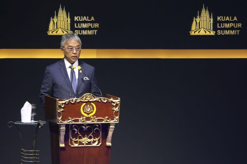 Who is Malaysia's king, who will decide on its new prime minister?