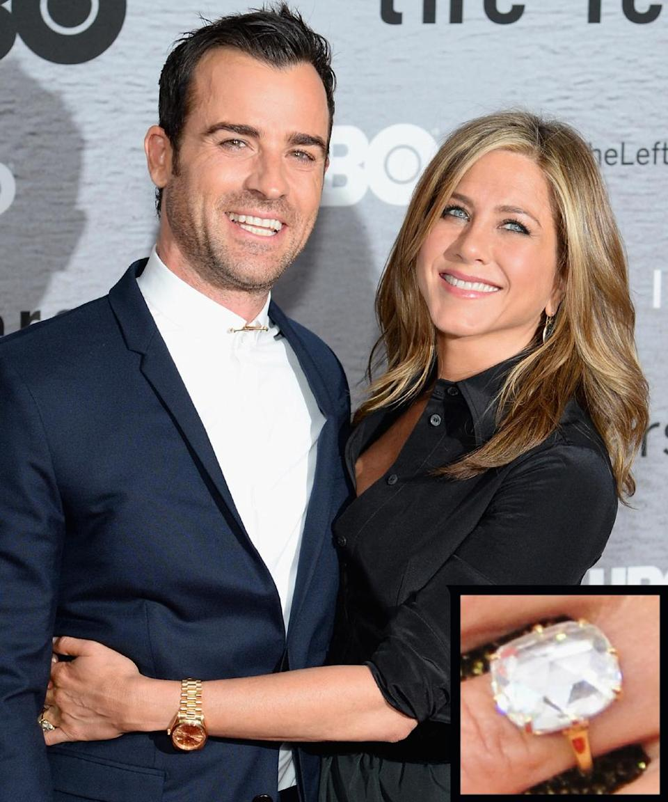 <p>Justin Theroux proposed to actress Jennifer Aniston in August 2012 with an oval diamond estimated to be between 12 and 18 carats.</p>