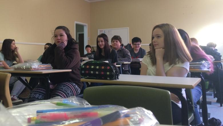 Students adjusting to temporary school, 2 months after Milltown-Bay d'Espoir fires