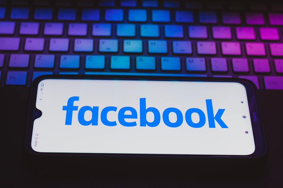 BRAZIL - 2021/04/04: In this photo illustration a Facebook logo seen displayed on a smartphone. (Photo Illustration by Rafael Henrique/SOPA Images/LightRocket via Getty Images)