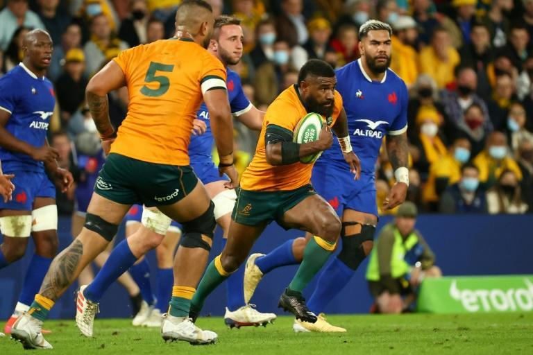 Australia narrowly beat France 23-21 in the opening Test at Brisbane