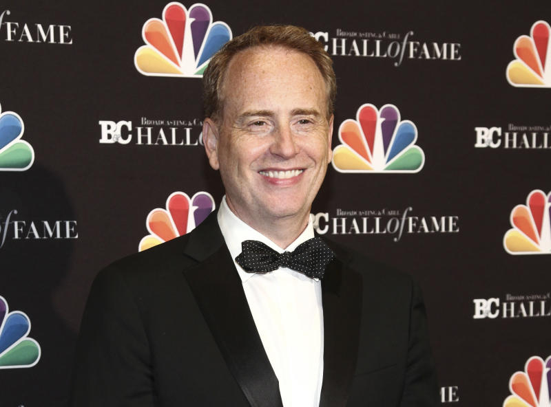 NBC's top entertainment executive, Robert Greenblatt, exits