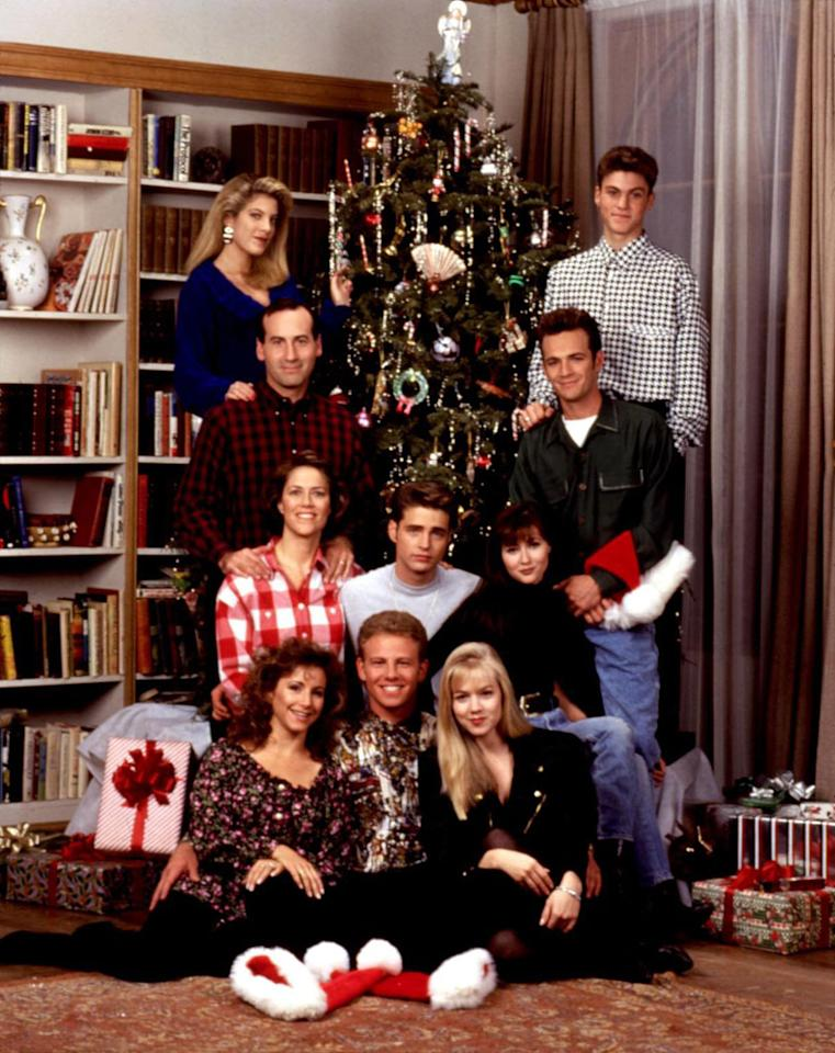 """Beverly Hills, 90210"" holiday episodes on ABC Family