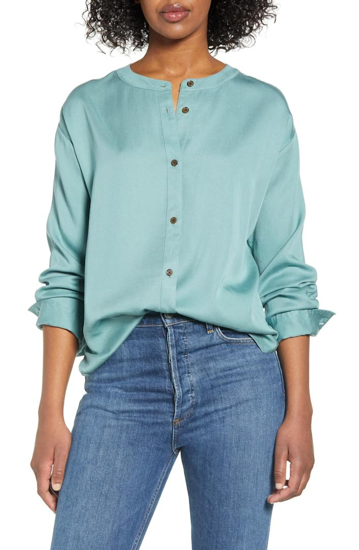 """This top comes in sizes XS to XL. <a href=""""https://fave.co/37iJtOe"""" rel=""""nofollow noopener"""" target=""""_blank"""" data-ylk=""""slk:Find it at Nordstrom for $70."""" class=""""link rapid-noclick-resp"""">Find it at Nordstrom for $70.</a>"""