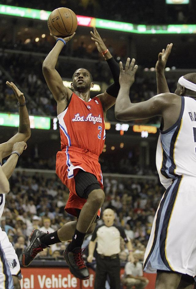 Los Angeles Clippers' Chris Paul (3) heads to the hoop agains the Memphis Grizzlies during the first half of Game 3 in a first-round NBA basketball playoff series, in Memphis, Tenn., Thursday, April 25, 2013. (AP Photo/Danny Johnston)