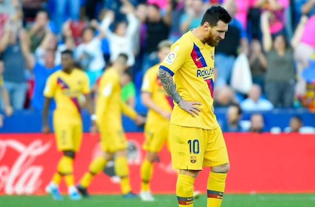 Lionel Messi's sixth goal in five games was unable to stop Barcelona sliding to defeat at Levante (AFP Photo/JOSE JORDAN)