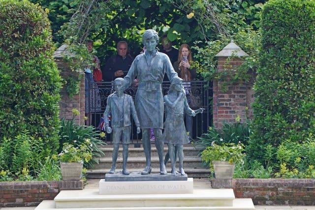 Statue of Diana, Princess of Wales