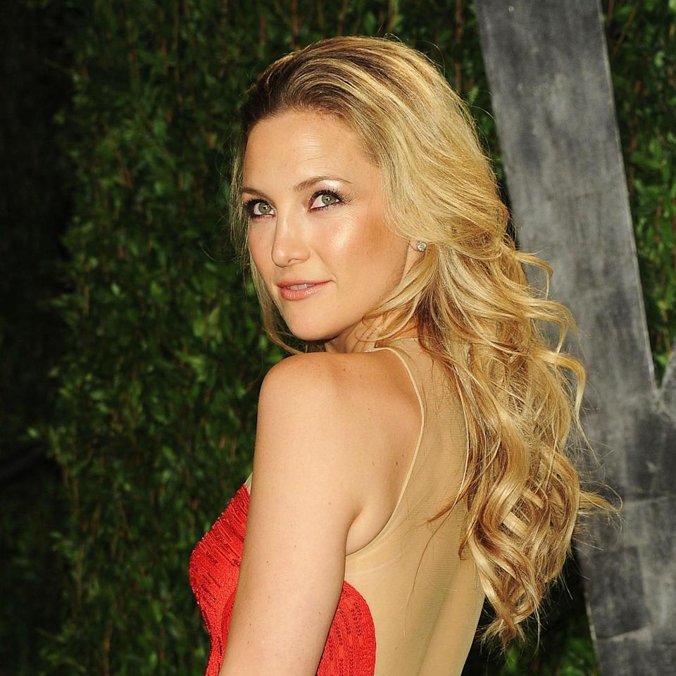 """Because of the length and layers, people with naturally wavy or loose curls like Kate Hudson can pull off this look well, says Willhite. The cut enhances the hair's natural softness. If you like this stretched out look, you'll want to keep the layers below the chin so curls don't get too bouncy. A light spray gel, like the <a href=""""https://www.allure.com/review/tresemme-flawless-curls-gel?mbid=synd_yahoo_rss"""" rel=""""nofollow noopener"""" target=""""_blank"""" data-ylk=""""slk:Tresemmé Flawless Curls Curl Defining Spray Gel"""" class=""""link rapid-noclick-resp"""">Tresemmé Flawless Curls Curl Defining Spray Gel</a>, adds texture without weighing strands down."""