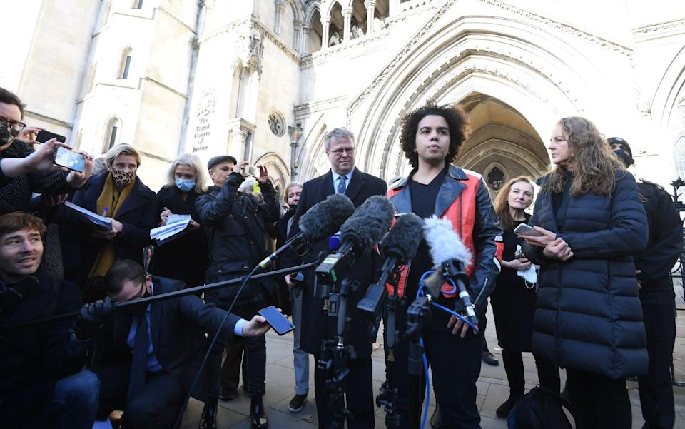 Keira Bell (C) speaks to reporters outside the Royal Courts of Justice in London, Britain in 2020 - FACUNDO ARRIZABALAGA/EPA-EFE/Shutterstock