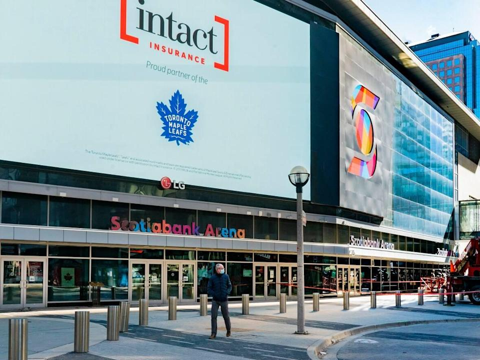 Scotiabank Arena, home to Raptors and Maple Leafs games, will return to 100 per cent capacity effective Saturday, Oct. 9, the province announced Friday. (Sam Nar/CBC - image credit)