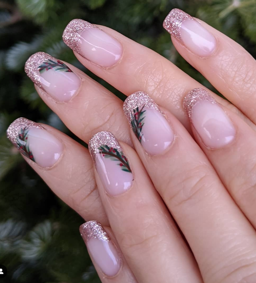 "<p><a href=""https://www.instagram.com/nailsbykassie/"" rel=""nofollow noopener"" target=""_blank"" data-ylk=""slk:Manicurist Kassandra Jones"" class=""link rapid-noclick-resp"">Manicurist Kassandra Jones</a> adds a Christmas twist to a gold-tipped French manicure with chic holly accents. </p><p><a class=""link rapid-noclick-resp"" href=""https://go.redirectingat.com?id=74968X1596630&url=https%3A%2F%2Fwww.etsy.com%2Flisting%2F770120975%2Fcabana-rose-gold-tip-transparent-nail&sref=https%3A%2F%2Fwww.oprahmag.com%2Fbeauty%2Fg34113691%2Fchristmas-nail-ideas%2F"" rel=""nofollow noopener"" target=""_blank"" data-ylk=""slk:SHOP GOLD NAIL WRAPS"">SHOP GOLD NAIL WRAPS</a></p>"