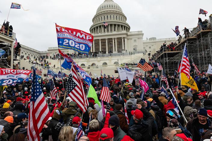 Image: Capitol riot (Eric Lee / Bloomberg via Getty Images file)