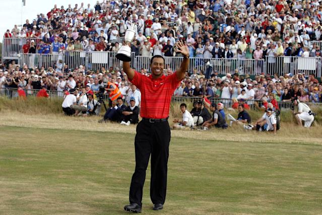 """<h1 class=""""title"""">Golf - The 135th Open Championship 2006 - Day Four - Royal Liverpool - Hoylake</h1> <div class=""""caption""""> USA's Tiger Woods celebrates with the claret jug after winning the 135th Open Championship at Royal Liverpool Golf Club, Hoylake. (Photo by Gareth Copley - PA Images/PA Images via Getty Images) </div> <cite class=""""credit"""">Gareth Copley - PA Images</cite>"""